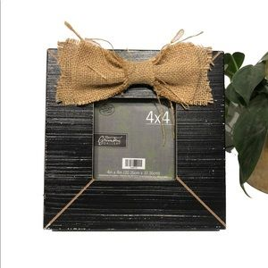 Hobby Lobby distressed picture frame burlap bow